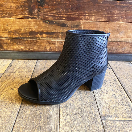 Womens black open toe ankle boot in faux leather - Black Truffle