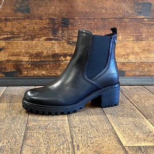 Black leather chelsea boot by Carmela - Black Truffle