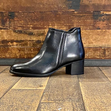 Classic ankle boot by Marco Tozzi in black leather - Black Truffle