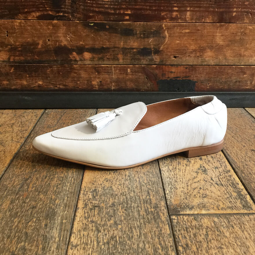 Women's loafer in white leather by Relance - Black Truffle
