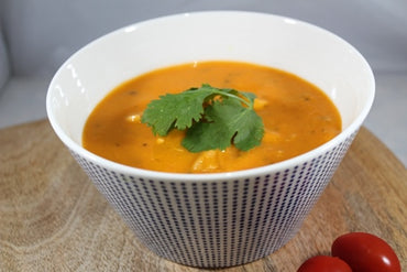 Tomato Basil Soup with Chicken / Crema de Tomate Basil y Pollo