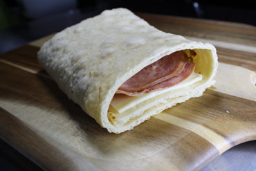 Flatilla Stuffed with Ham and Cheese / Flatilla Rellena de Jamón y Queso