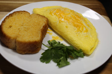 Omelet and Baguette with Garlic / Omelet y Baguette con Ajo