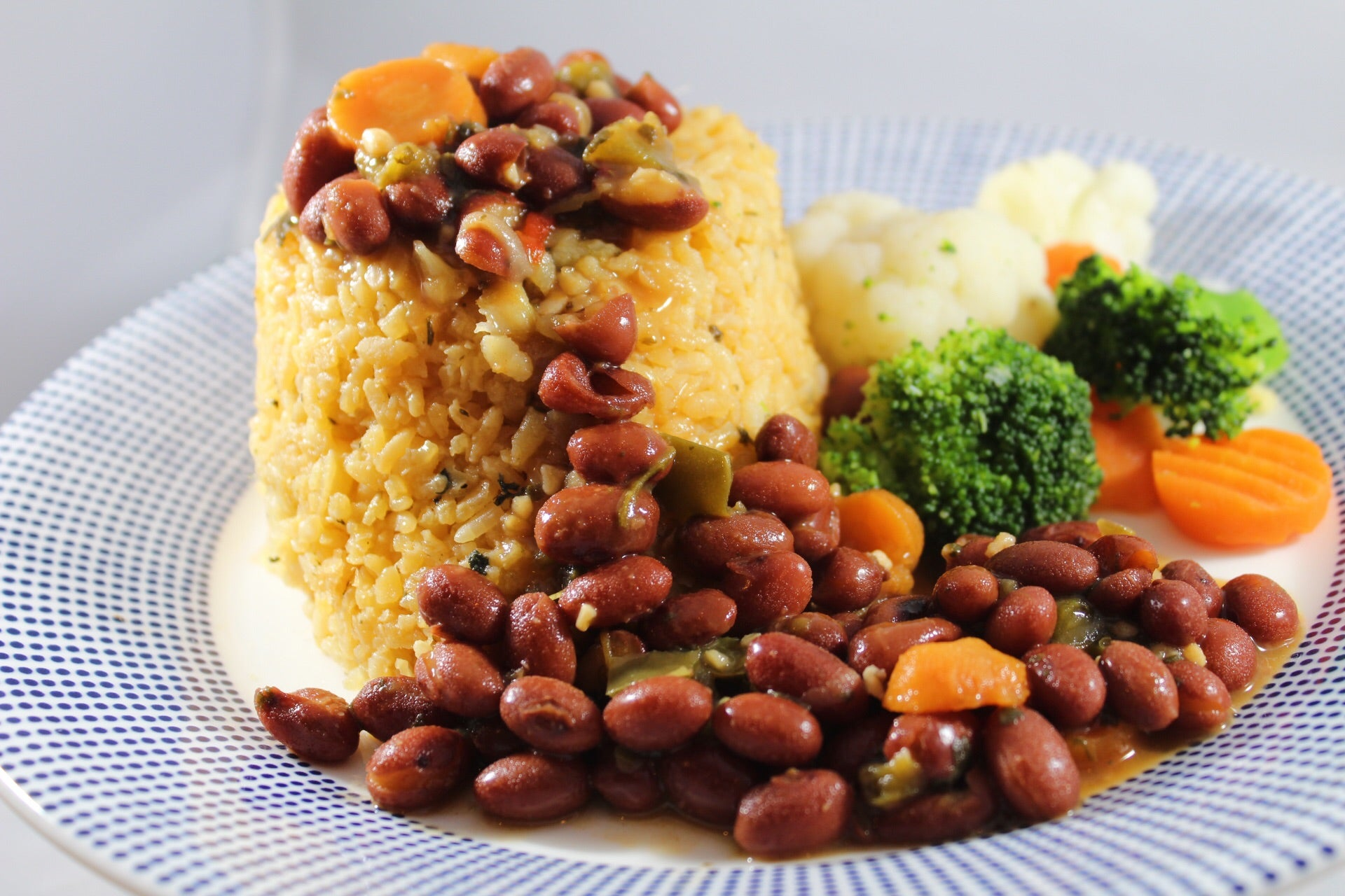 346 - Arroz con Bacalao y Habichuelas Coloradas / Rice with Cod and Red Beans