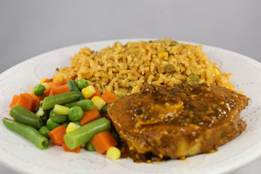Arroz Integral con Vegetales y Lomo de Cerdo a la BBQ / Brown Rice with Vegetables and BBQ Pork