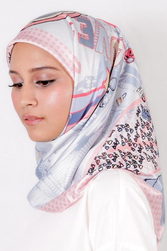 Le Hijab Dusty Pink, Carré 115, Roujak Paris, Roujak