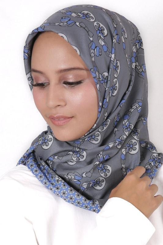 Le Hijab Grey Paris, Carré 115 Plain, Roujak Paris, Roujak