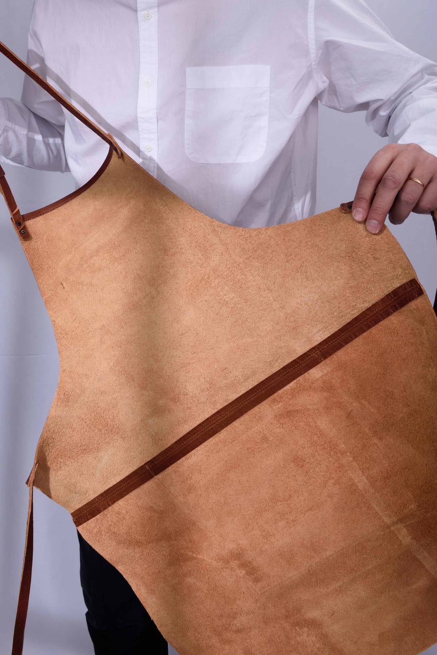 LUXURY LEATHER APRON