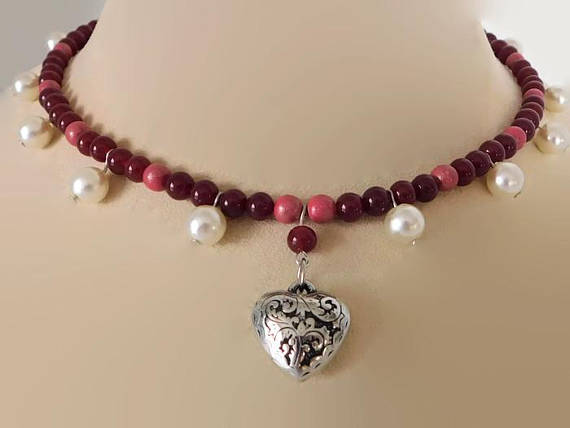 Puffy heart red glass bead necklace themerrybluebird puffy heart red glass bead necklace aloadofball Choice Image