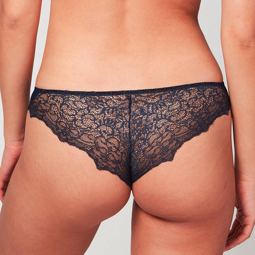 Crosby Scalloped Cheeky