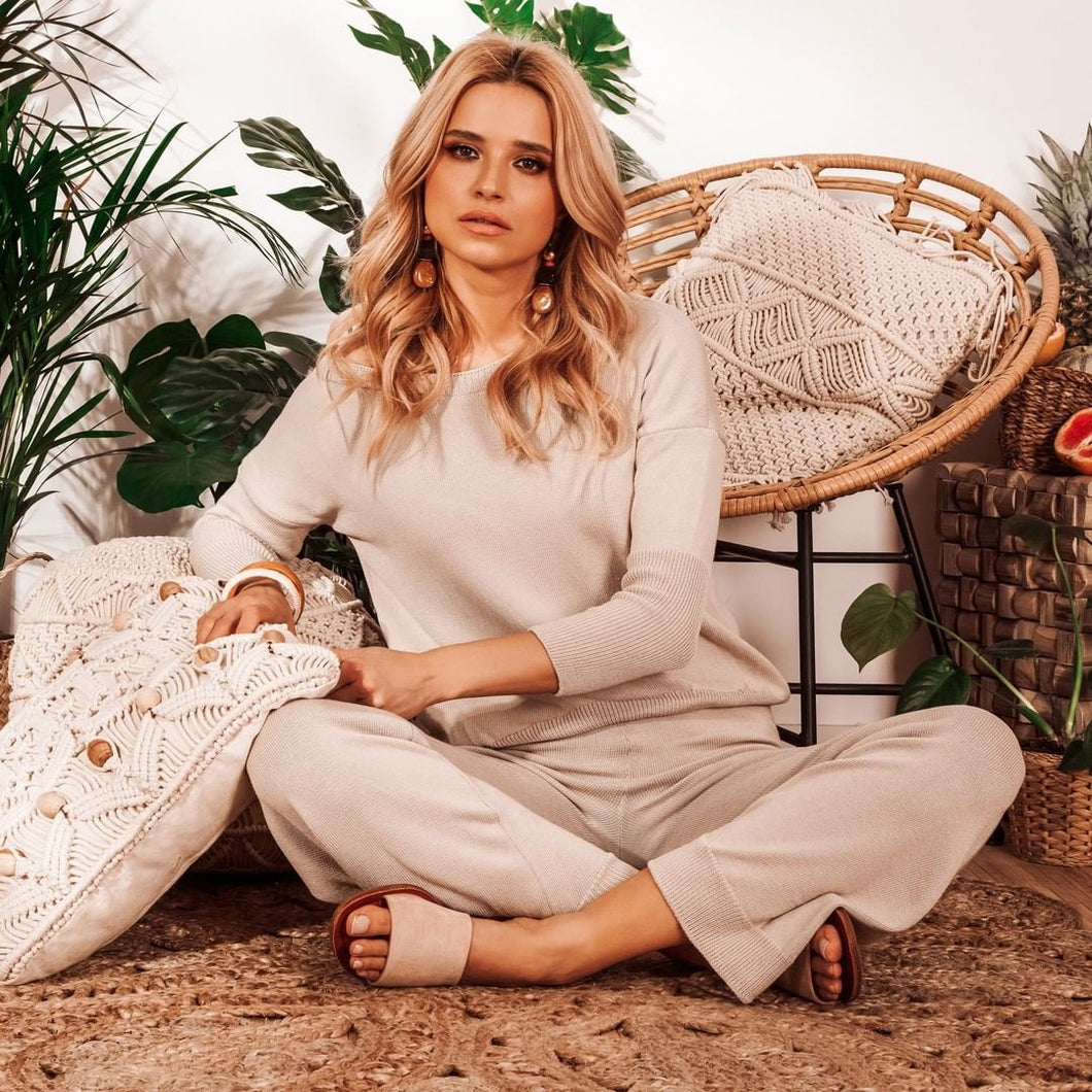F930 Two Pieces Set Blouse & Pants In Beige