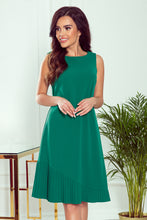308-1 Pleat Hem Trapeze Dress In Green