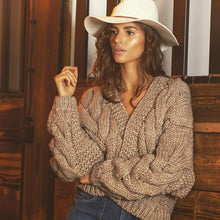 F800 Chunky Knit Short Cardigan In Brown