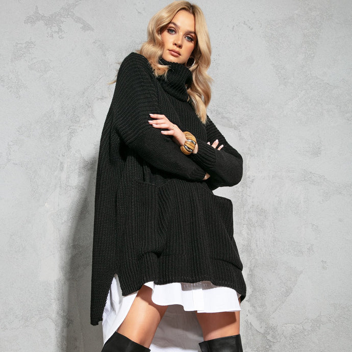 F1104 Oversize Front Pocket Roll-Neck Knit Sweater In Black