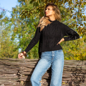 F1114 High Neck Aran Knit Sweater In Black