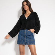 F1062 Wide Short Fluffy Knit Cardigan In Black