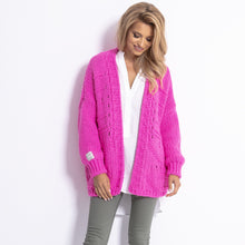 F779 Chunky Knit Oversized Short Cardigan In Pink