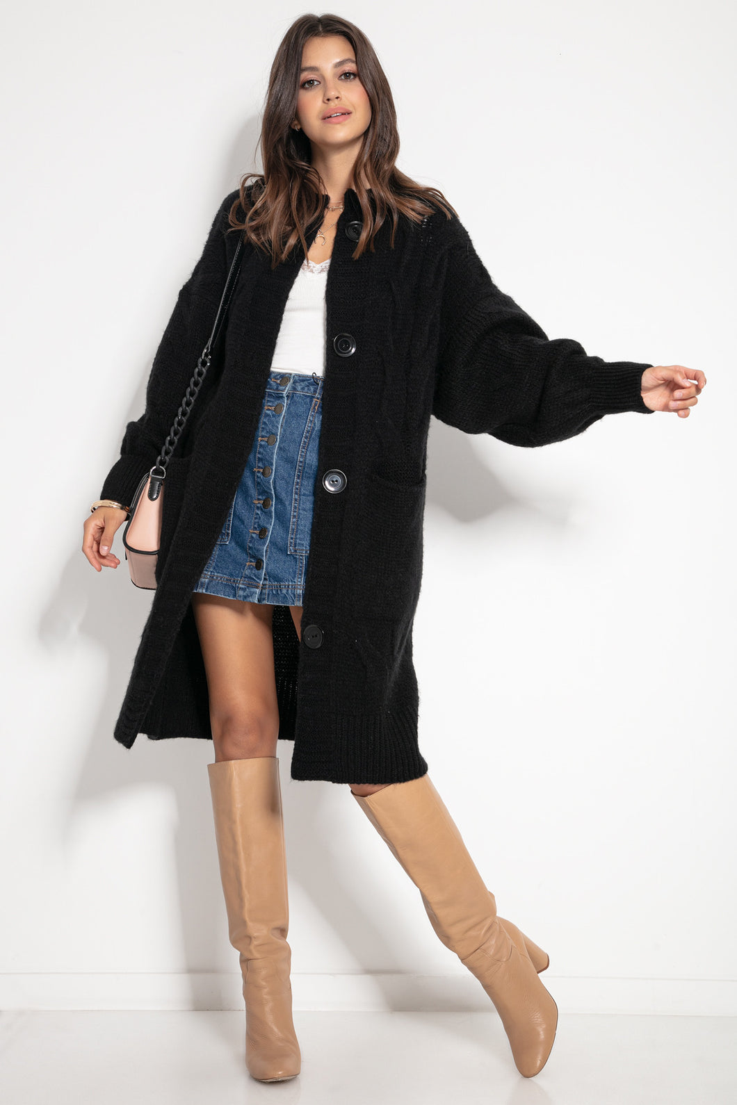 F1073 Front Pocket Longline Oversized Cable-Knit Cardigan In Black