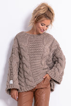 F780 Chunky Knit Jumper In Brown