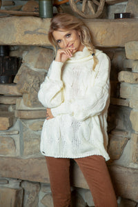 F616 Oversized Cable-Knit Roll-Neck Jumper In Ecru