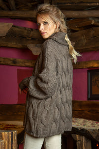 F616 Oversized Cable-Knit Roll-Neck Sweater In Brown