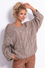 F776 Chunky Knit Jumper In Brown