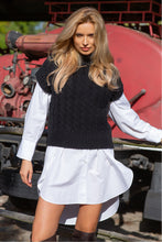 F1113 High Neck Cable-Knit Wool Vest In Black