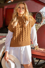 F1113 High Neck Cable-Knit Wool Sweater Vest In Carmel