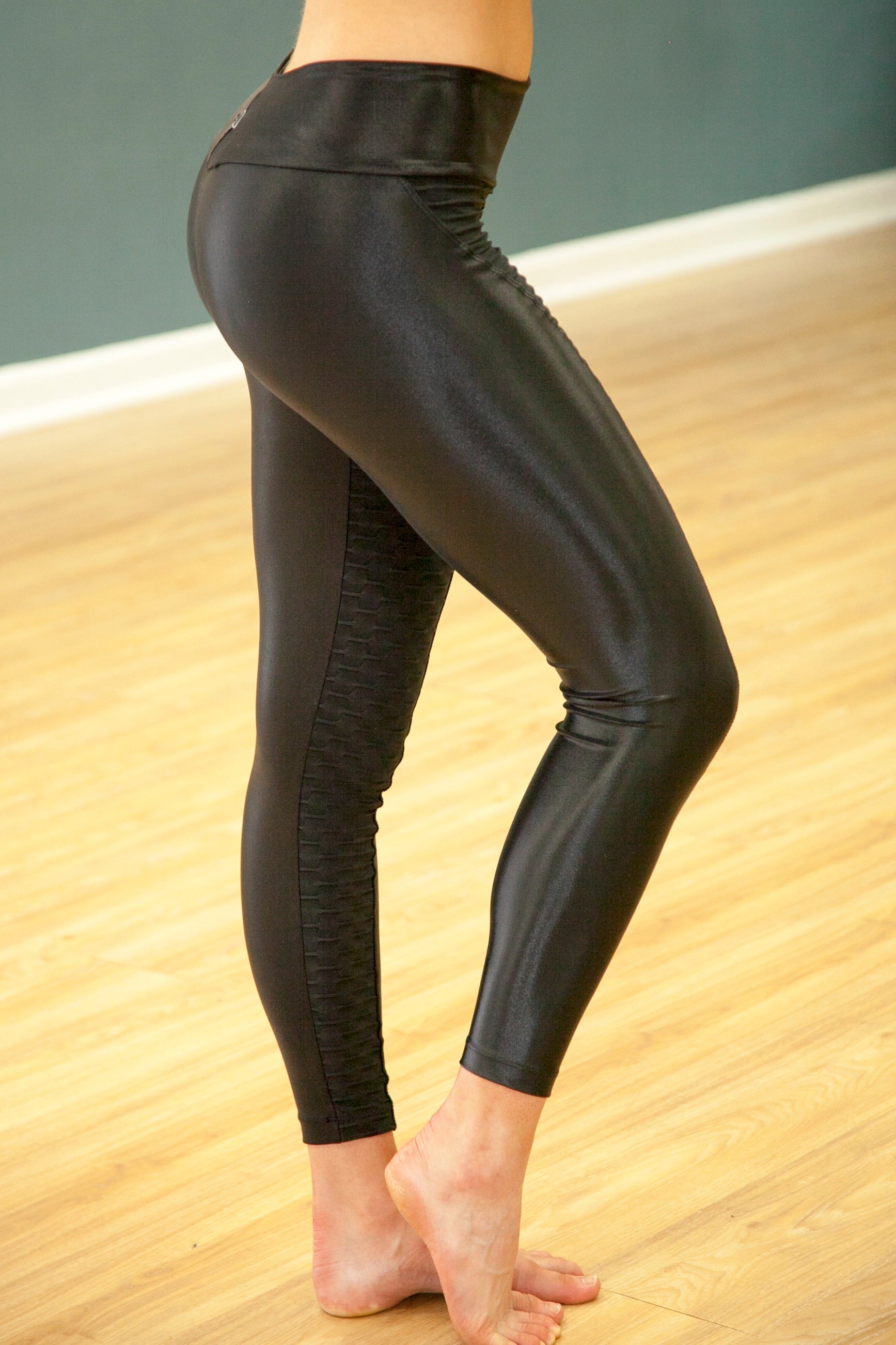Honeycomb Shine Leggings