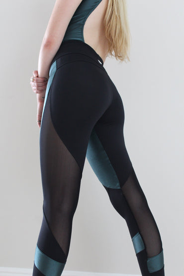 Illuminate Leggings