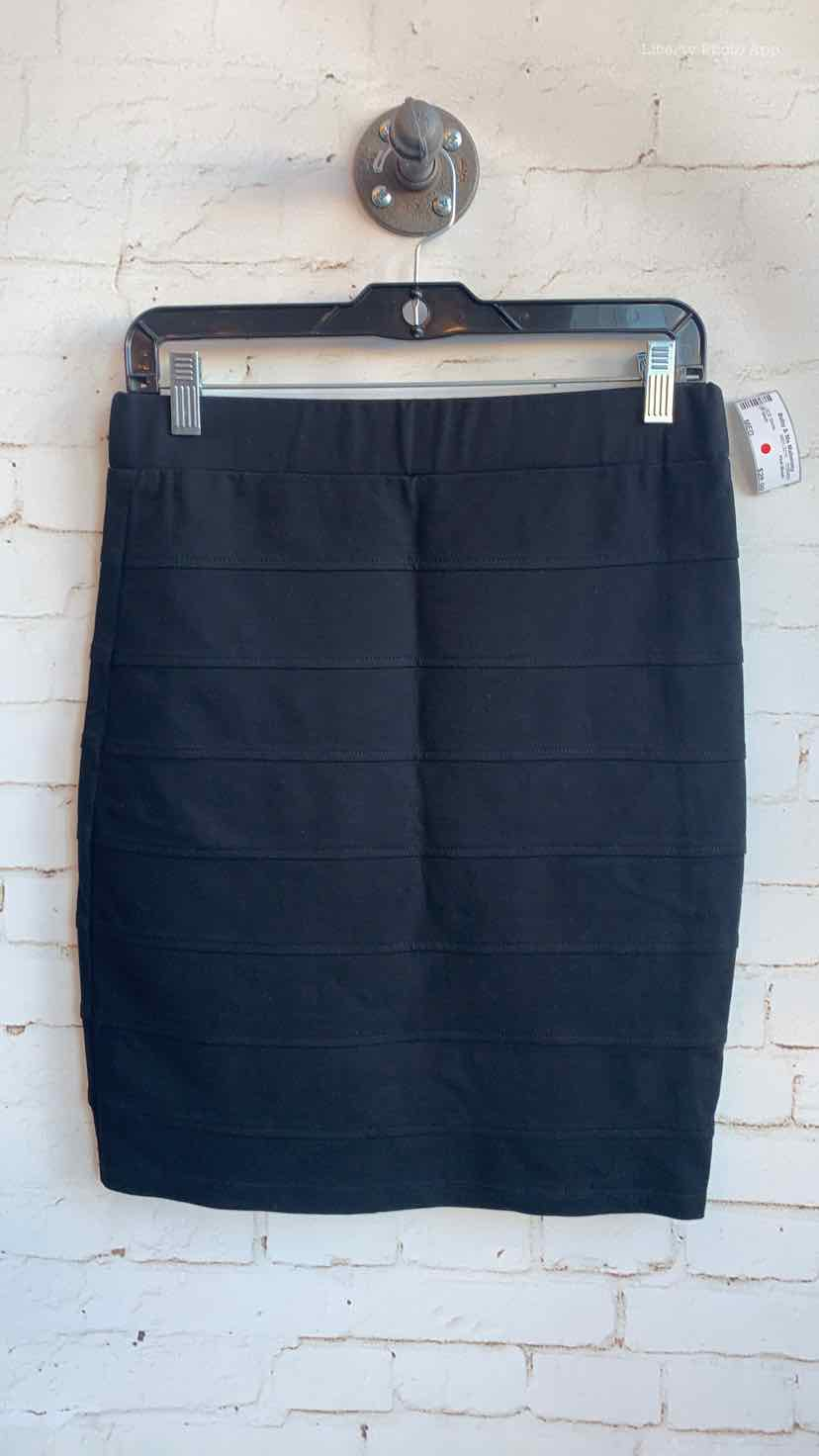 Pink Blush Black Size MED CS Skirts