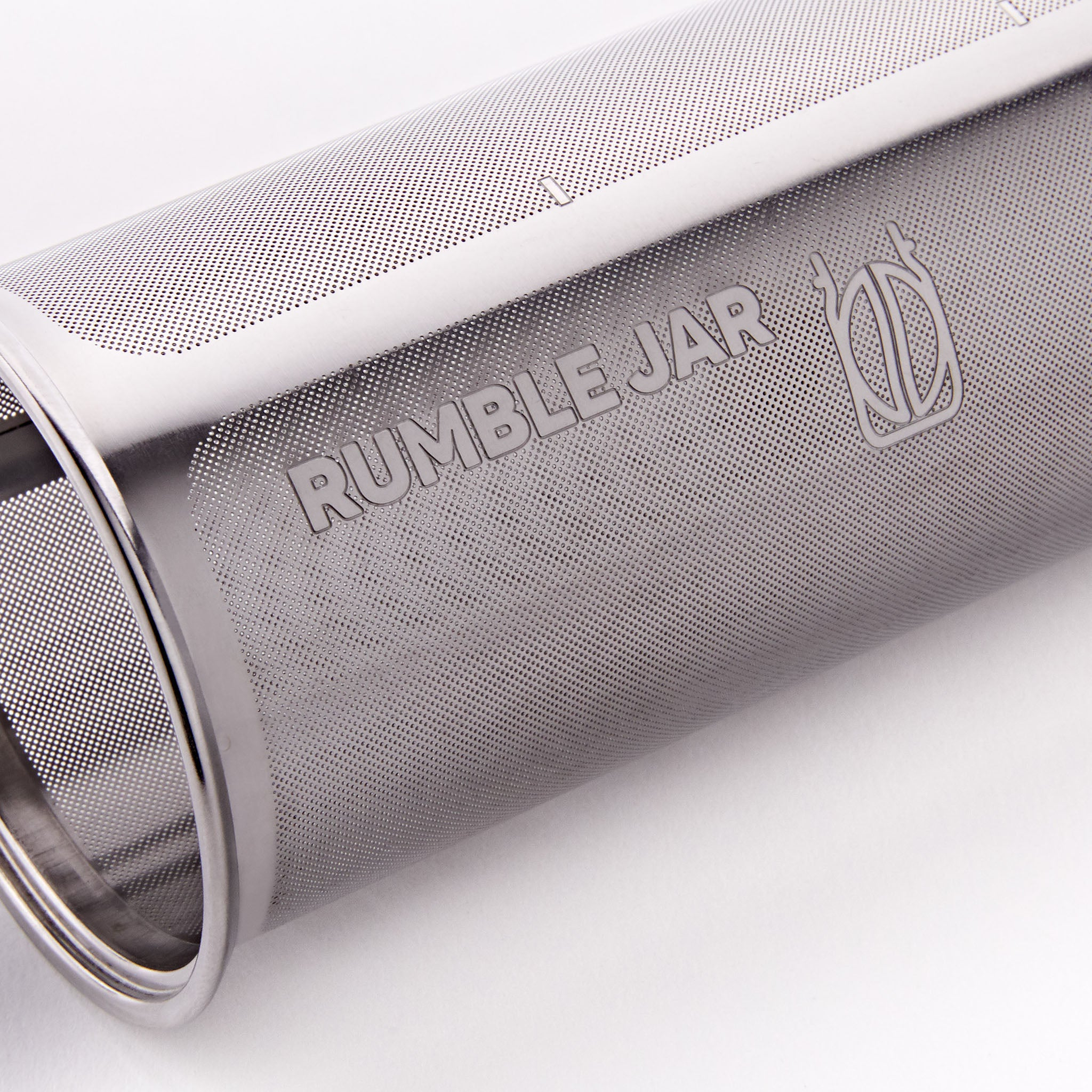 Rumble Jar features a sturdy etched filter design instead of a flimsy mesh filter
