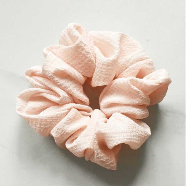 The Hair Clip Gurl Scrunchie- Teasing Peach