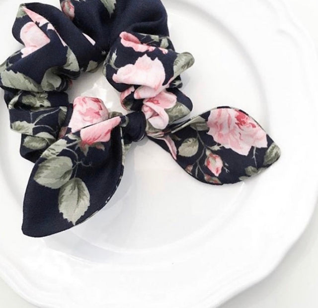 Pink Chickie Scrunchie- Dark Garden