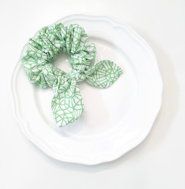 Pink Chickie Scrunchie- Lime Geometic
