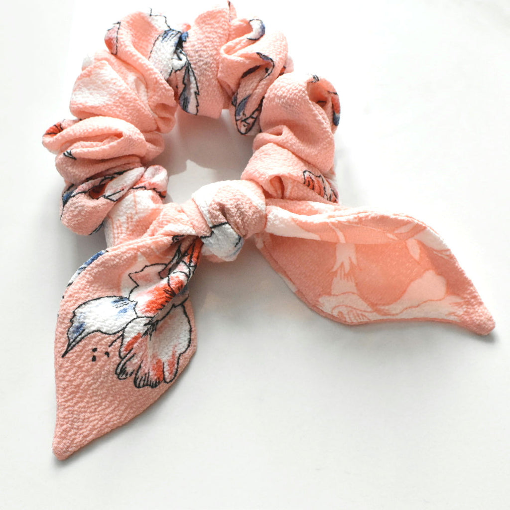 The Hair Clip Gurl Scrunchie- Lily With Bow