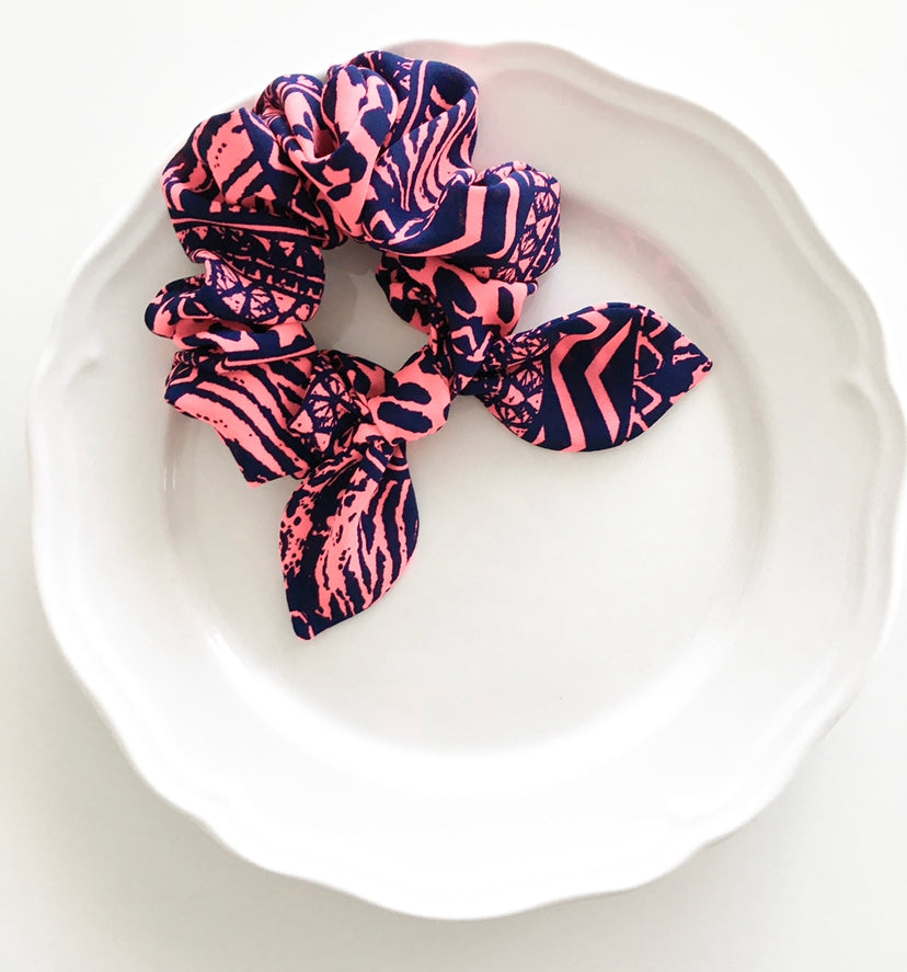 Pink Chickie Scrunchie-Neon Pink With Navy