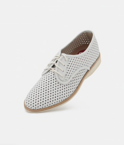 Derby Punch White Shoes