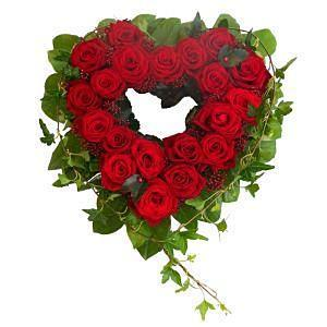 Classic Red Roses Open Heart