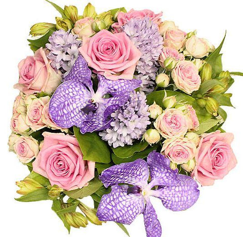 Fragrant Purple And Pink Bouquet