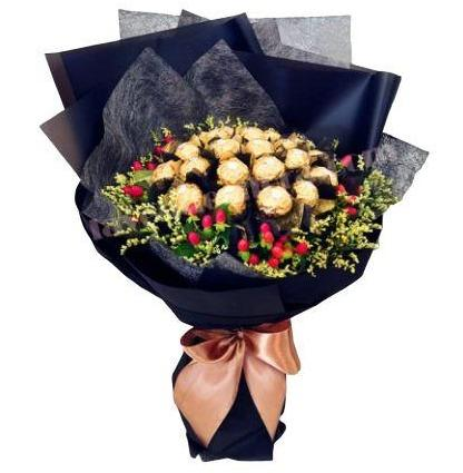 Hypericum Chocolate Bouquet