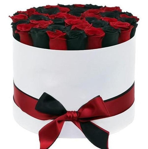 Red and Black Roses Hat Box