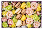Spray Roses Box with Macaroons
