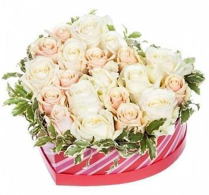 White and Peach Roses Heart Box