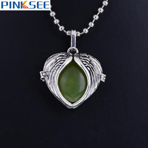 1 PC Glow In the Dark Heart Wing Necklace Pendant For Women Girls Magic Round Locket essential oil diffuser necklace Jewelry