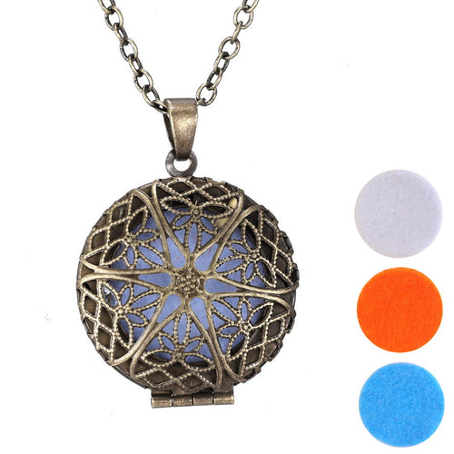 Vintage Aromatherapy Lockets necklace charms Essential Oil Diffuser Lockets Pendants For Perfume pads Round Hollow out star