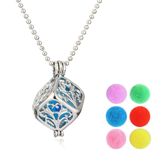Essential Oil Aromatherapy Diffuser Locket Necklace New Fashion Jewelry square Hollow Out geometric Pattern Fragrance