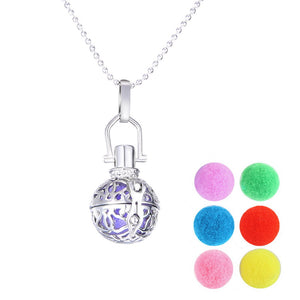 Essential Oil Diffuser Filigree Necklace Colorful Diffuser pads Vintage Aromatherapy Locket round hollow out Necklace pendant