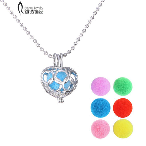 Essential Oil Felt Balls Diffuser Cage Perfume Lockets pendant necklaces Heart silver Plated Hollow out Aromatherapy Locket