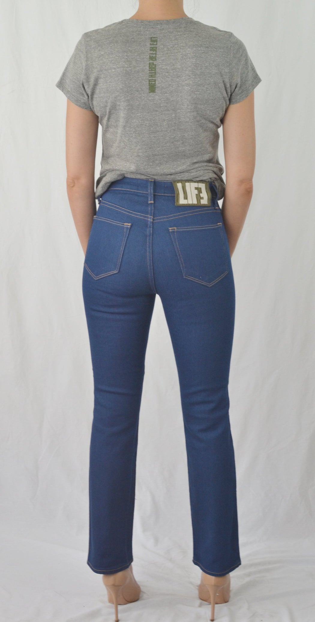 HONESTY HIGH RISE STRAIGHT LEG FIT IN RINSE BLUE
